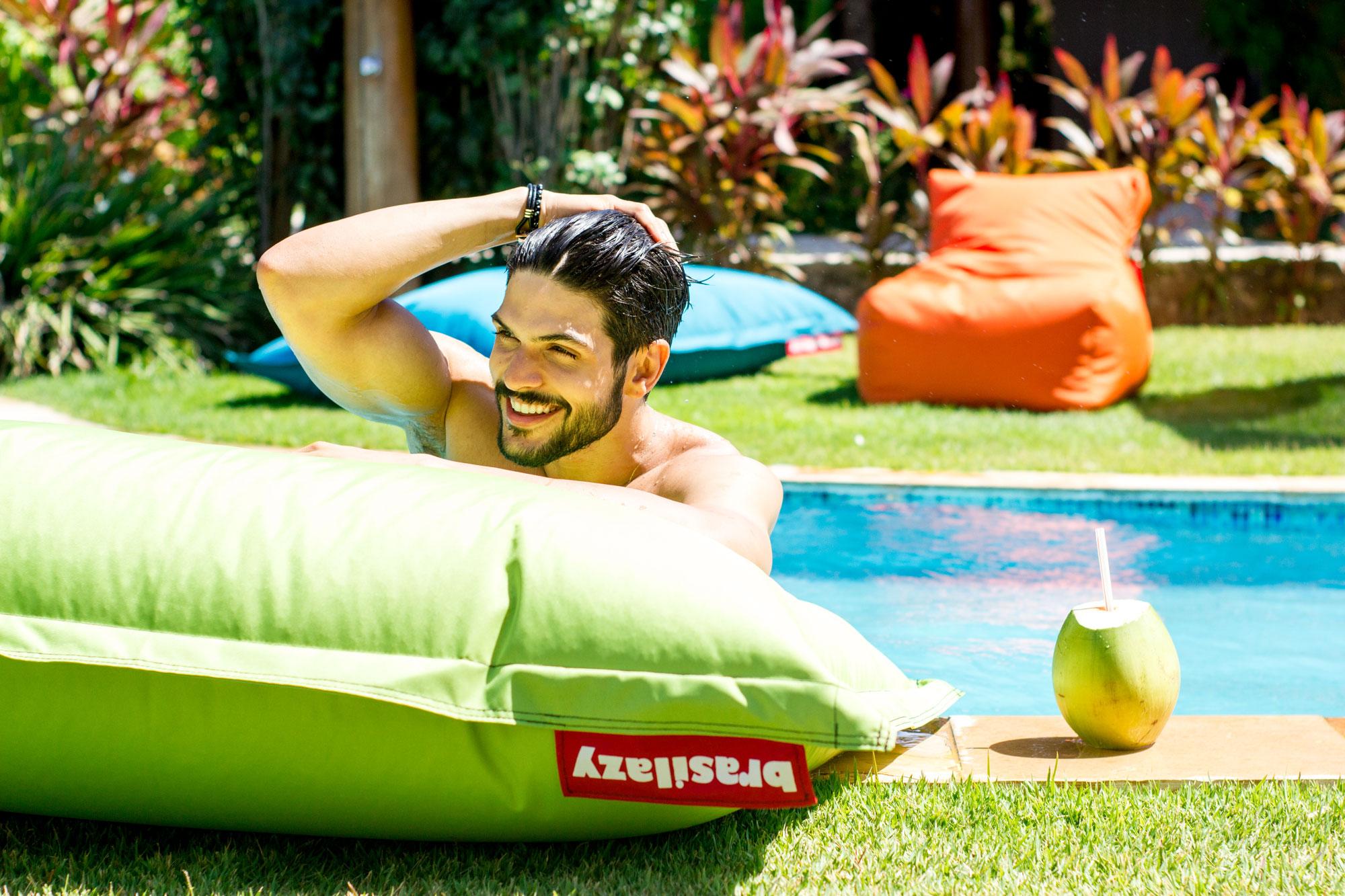 brasilazy puff para piscina