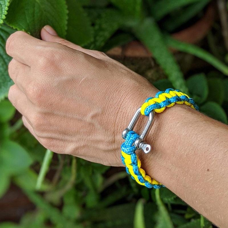 pulseira_summer_azul_amarelo